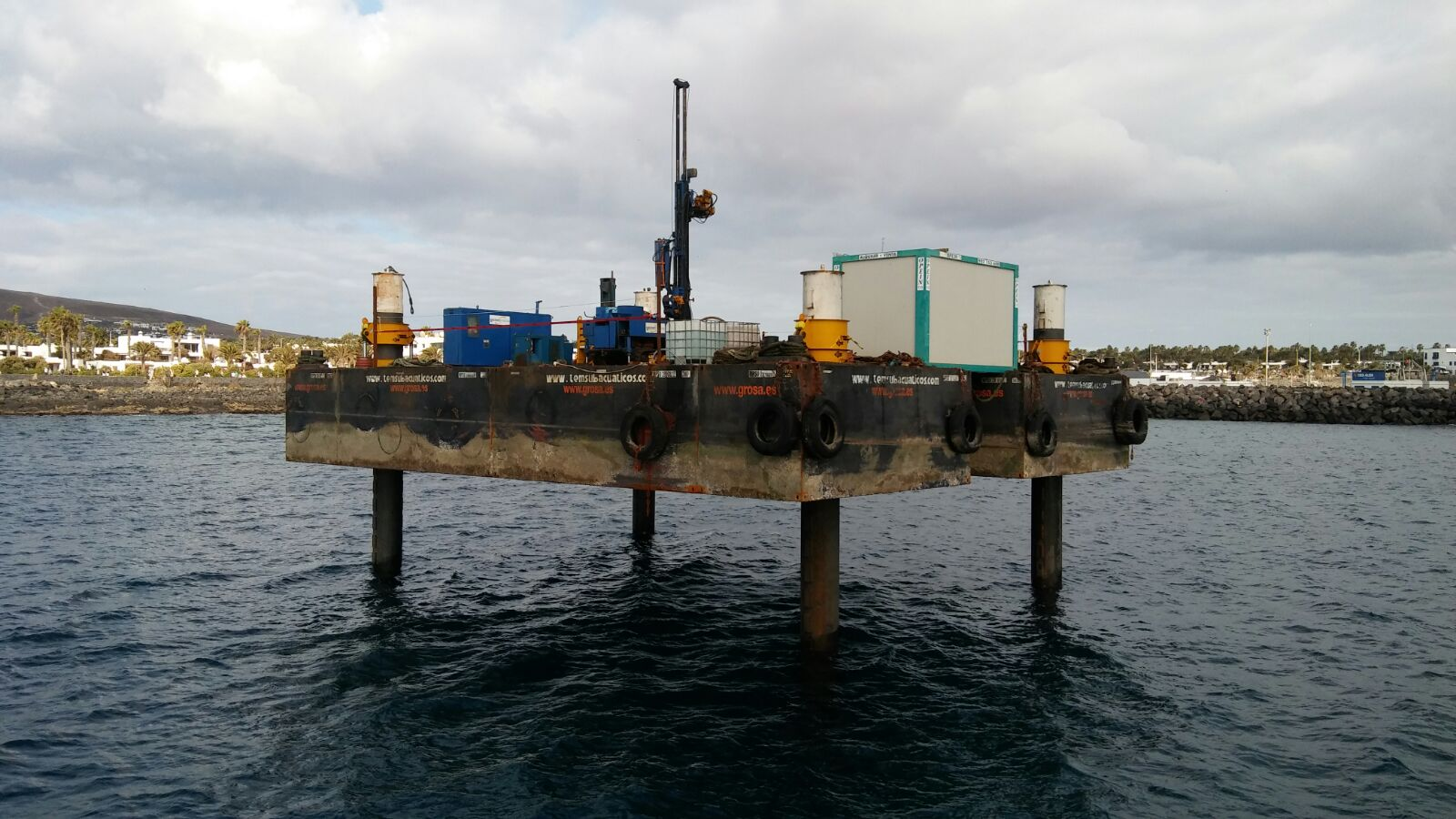 Pontonas modulares en Canarias