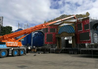 Assembly of the carnival 2018 stage